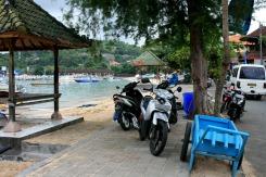 Sidewalk scene while waiting on boat