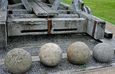 Trebuchet ammunition