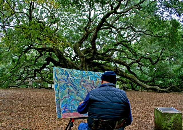 painting angel tree