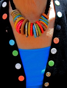 one necklace many colors