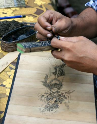 hands with ink at Tenganan