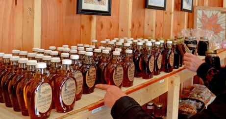 maple syrup on shelves