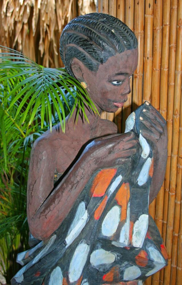 Statue at Kariwak