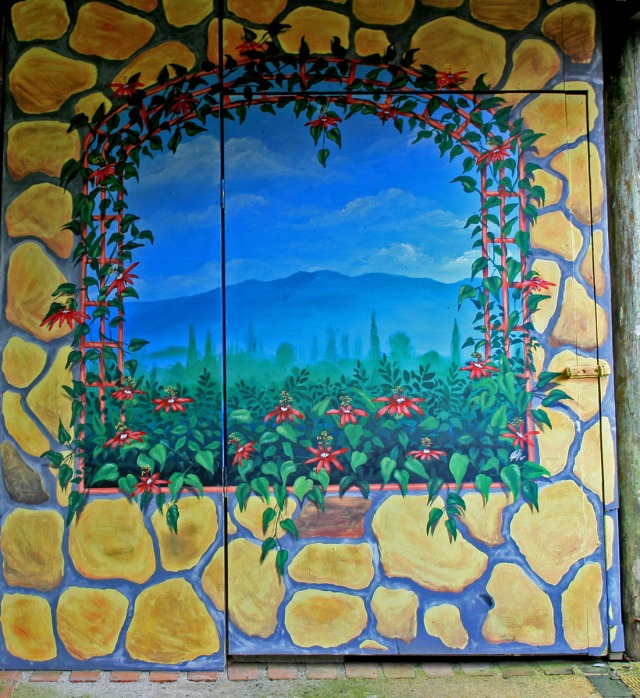 Painted Window, Sueno Azul, Costa Rica