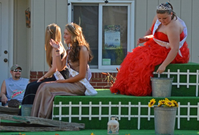 Maple Queen and her court