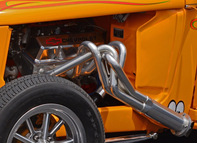 engine and muffler