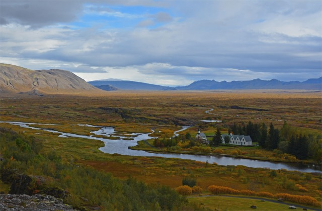 thingvellir-valley