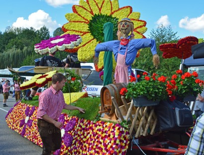 flower float with wine keg
